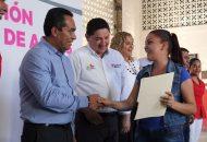 El secretario de Gobierno, Adrián López Solís, señaló que el poder tener una situación al día en cuanto a la documentación necesaria para tener certeza jurídica, así como poder cumplir con los derechos y obligaciones que la ley señala