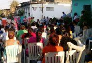 El jefe de tenencia de Las Guacamayas, Edgar Castro García, coincidió con Silvia Estrada Esquivel en que traer actividades, asesorías y servicios a las colonias sin costo alguno es para el beneficio de todos y todas las michoacanas