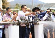 Aureoles Conejo pidió a las y los beneficiarios cuidar de este recurso natural y organizarse bien para poder aportar las cuotas que permitan dar mantenimiento al pozo y no interrumpir este servicio