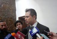 Luego de que los senadores decidieran hacer dos bancadas al no reconocer a Raúl Morón como coordinador del senado, López Meléndez descartó que estos conflictos afecten al PRD en el Congreso de Michoacán y al partido