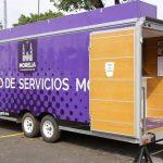 Será en la calle Colcheros de Parangaricutiro donde los servicios que ofrece el ayuntamiento estarán presentes con módulos móviles que permite a quienes no pueden acudir directamente a las oficinas, hacer la solicitud directa con los funcionarios municipales