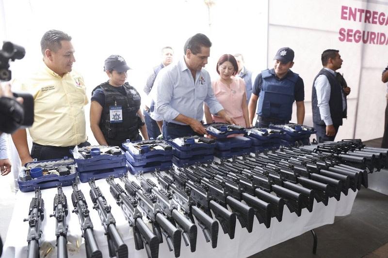 Además, el gobernador de Michoacán inauguró las obras de remodelación del Centro de Uruapan, donde se destinaron más de 28 mdp