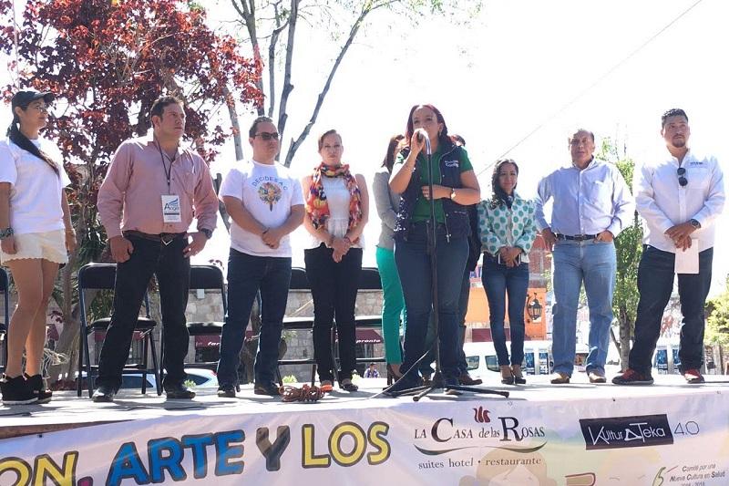 Villanueva Cano hizo un llamado a toda la sociedad para erradicar prejuicios y acciones que discriminan a quienes padecen alguna discapacidad, reiterando la importancia de trabajar unidos en la construcción de una sociedad justa y con oportunidades de desarrollo para todos
