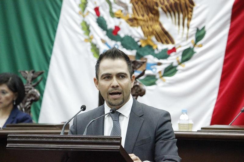 López Meléndez manifestó el respaldo del Grupo Parlamentario del PRD en todas aquellas acciones que contribuyan al desarrollo del estado y garantizar resultados a favor de la población