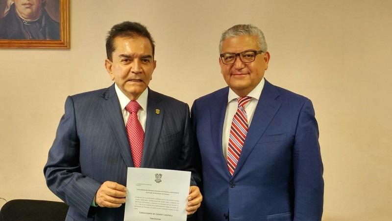Maldonado Mendoza, realizó la entrega del nombramiento a Guillermo Rizo Hernández como subsecretario de Gestión Laboral y Patrimonial