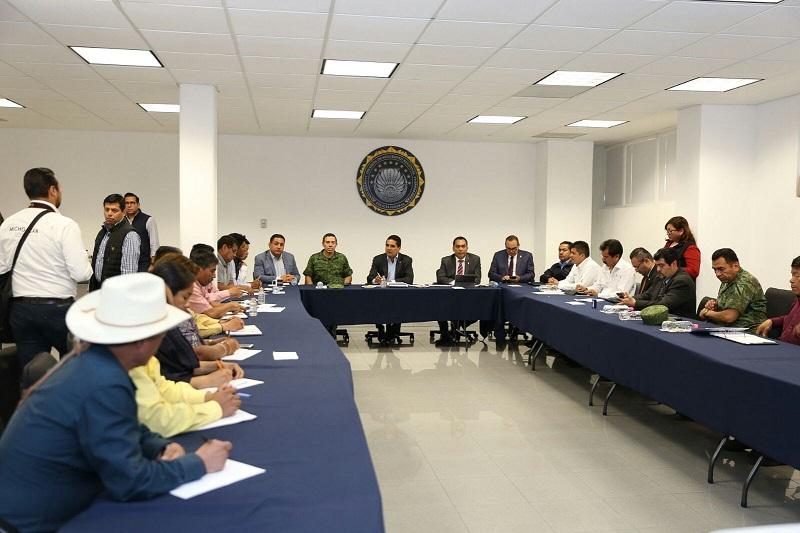 En dicho encuentro, se revisaron de manera puntual las obras y acciones de Gobierno que llevan a cabo en un esfuerzo de trabajo coordinado entre el municipio y el estado
