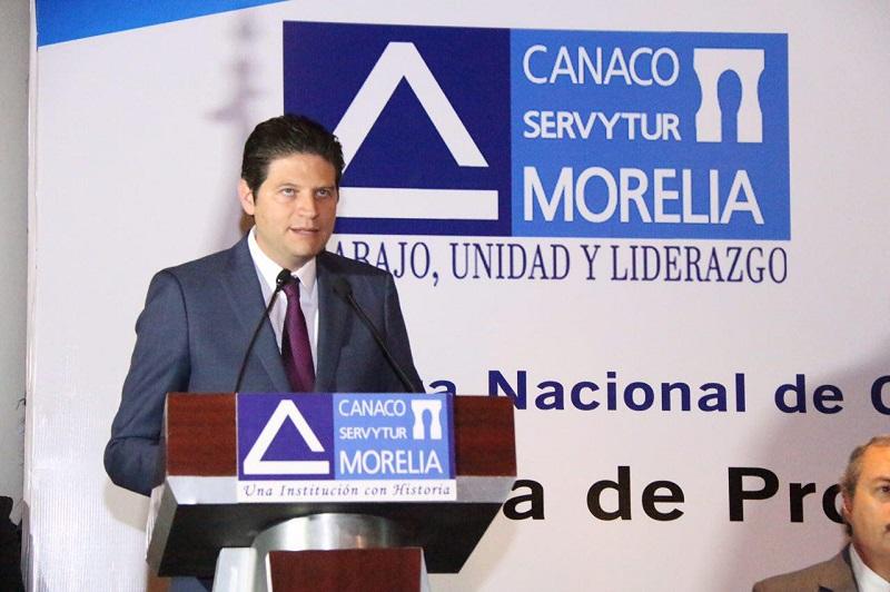 Martínez Alcázar se pronuncia por seguir en diálogo continuo y trabajo cercano con el sector empresarial