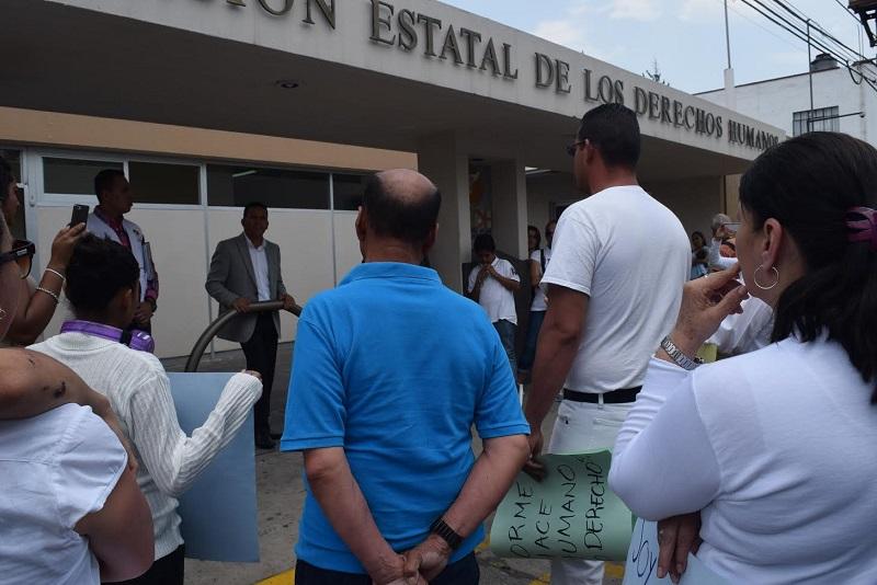 Por instrucción del presidente de este organismo, Víctor Manuel Serrato; se atendieron las peticiones de los manifestantes, las cuales se integrarán a la queja que por estos hechos se inició