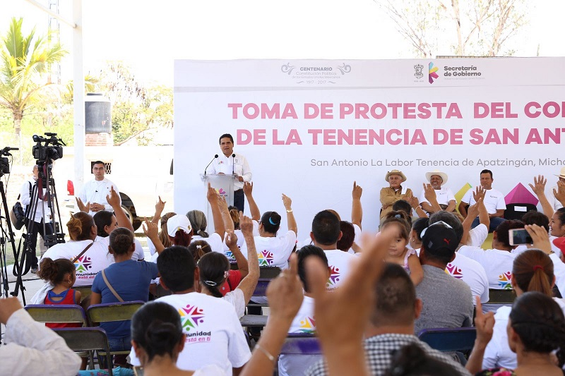 El jefe del Poder Ejecutivo en la entidad, tomó protesta a los 75 integrantes mujeres y hombres que trabajarán por el bien colectivo en beneficio de todos sus habitantes