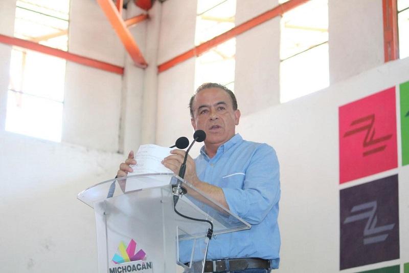 Pascual Sigala celebró el arranque de los programas sociales Sí Alimenta, Beca Futuro, Casa Bienestar y Tu Comunidad Está en Ti, que puso en marcha el gobernador Silvano Aureoles