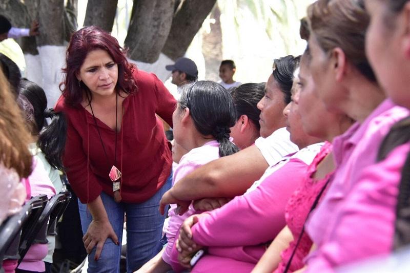 La titular de la Seimujer Fabiola Alanís Sámano, condenó cualquier tipo de violencia contra la mujer