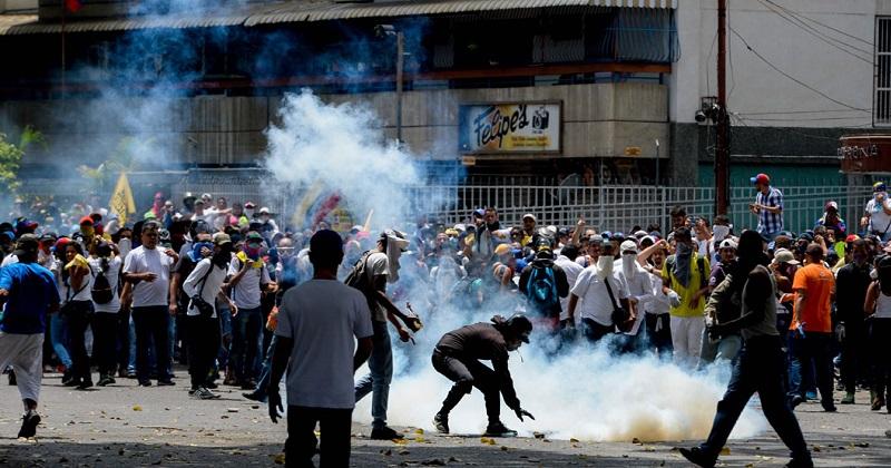 A lo largo de las últimas tres semanas las protestas en Venezuela han dejado siete muertos, varias decenas de heridos y 241 detenidos