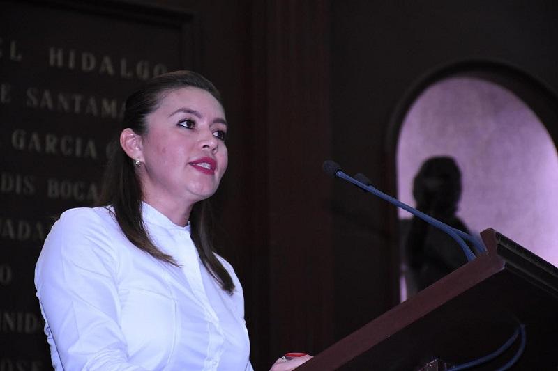 La diputada destacó que la falta de movilidad en la Morelia se ha convertido en uno de los principales problemas, para los habitantes de la ciudad, por lo que están expuestos en este constante tránsito a percances