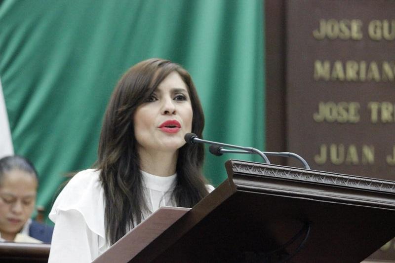 """Nalleli Pedraza expresó a nombre de los Diputados del PRD: """"estaremos atentos y dispuestos a respaldar  a quienes hoy están viviendo un dolor indescriptible y profundo tras la lamentable tragedia"""""""