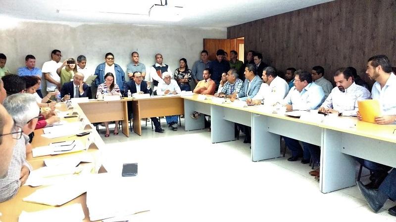 """Durante la segunda sesión del Covam en Michoacán, la directora nacional del programa Edith Ávila Romo, reconoció el ejercicio de coordinación y trasparencia, """"el programa 3 x 1 para Migrantes funciona porque sus participantes saben trabajar en equipo"""", destacó"""