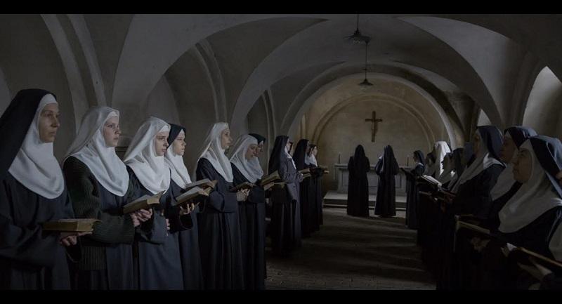 Es una alternativa interesante frente a las faith-based movies que suelen aparecer por estas fechas