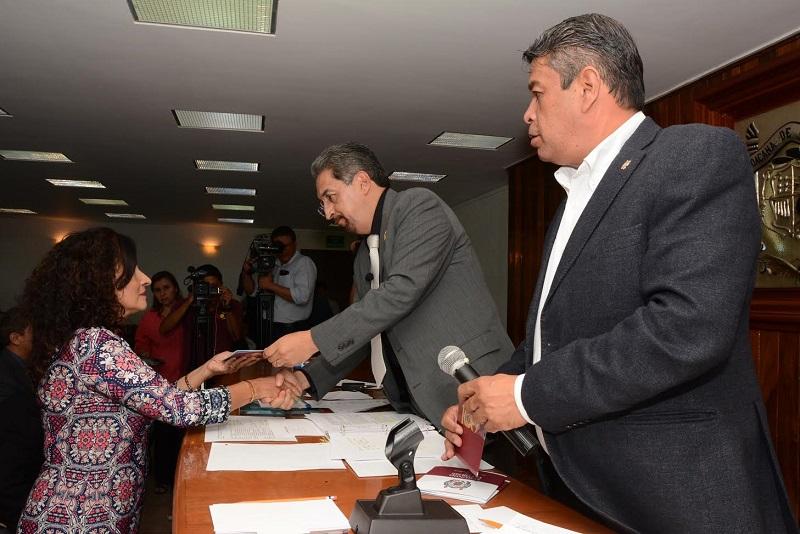 Actualmente la Universidad Michoacana forma a 52 mil estudiantes provenientes de todo el estado de Michoacán y de otras 17 entidades del país, a través de la labor diaria de una plantilla de 3 mil 461 docentes