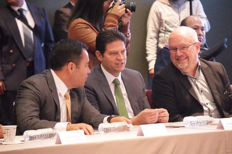 Martínez Alcázar recordó que el cuerpo de seguridad municipal es el único a nivel nacional que cuenta con el cien por ciento de los elementos acreditados con los exámenes de control y confianza