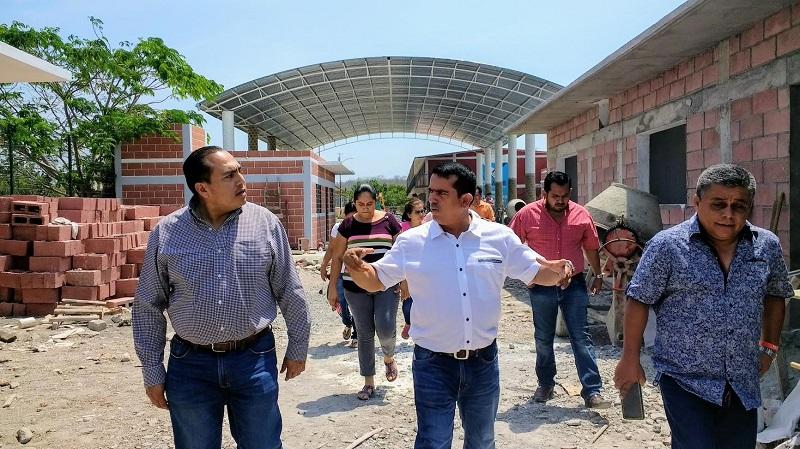Para los jornaleros que arriban a la región de Yurécuaro y que mantienen en cupo lleno el Albergue, llegar a él es más cómodo que viajar a trabajar a los Estados Unidos y representa un escaparate económico equivalente