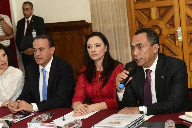 Prevenir, atender y erradicar el fenómeno de la violencia contra la mujer, un tema de alta prioridad para el Gobernador Silvano Aureoles Conejo, subraya Adrián López Solís