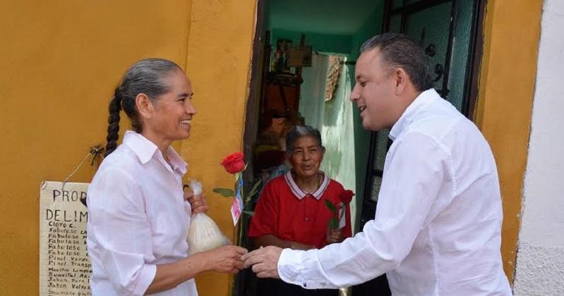Quintana Martínez destacó la trascendencia de las aportaciones  femeninas en el ámbito político, laboral y social, quienes en su opinión, han marcado el rumbo y la transformación hacia el desarrollo de México y de Michoacán