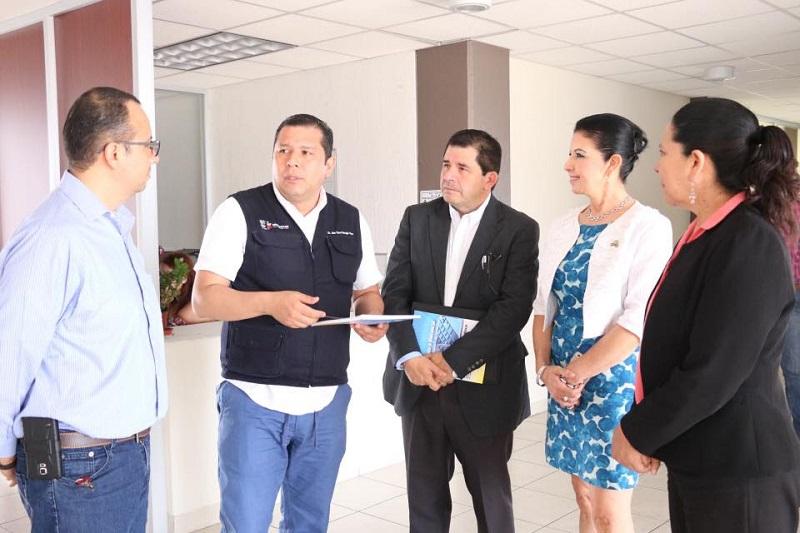 Barragán Vélez agradeció a la rectora de la Univim, Silvia Mendoza, las atenciones que ha tenido con el Telebachillerato Michoacán