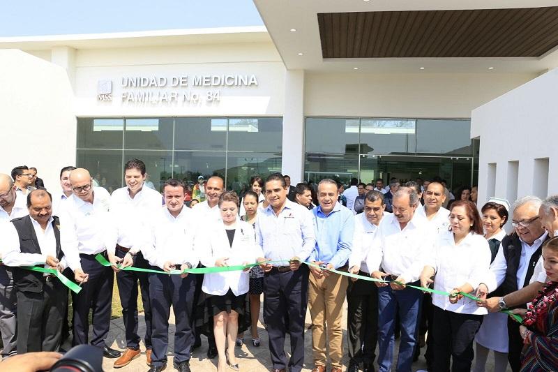 En este marco, el mandatario estatal expresó que gracias a la cercanía y acompañamiento entre el Gobierno del Estado y la Federación, Michoacán ha salido adelante