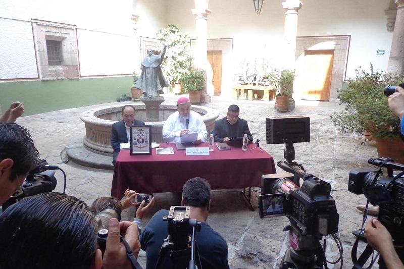 Garfias Merlos propuso que la sociedad civil ayude a las autoridades a que cumplan con su encomienda