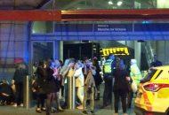 La policía de Manchester confirmó muertos y heridos y solicita a la población que se mantengan alejados del lugar