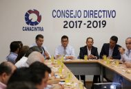 En la reunión también estuvieron presentes el secretario de Desarrollo Económico, Jesús Melgoza Velázquez, y la titular de la Dirección de Participación Ciudadana para la Prevención del Delito, Cristina Cortés