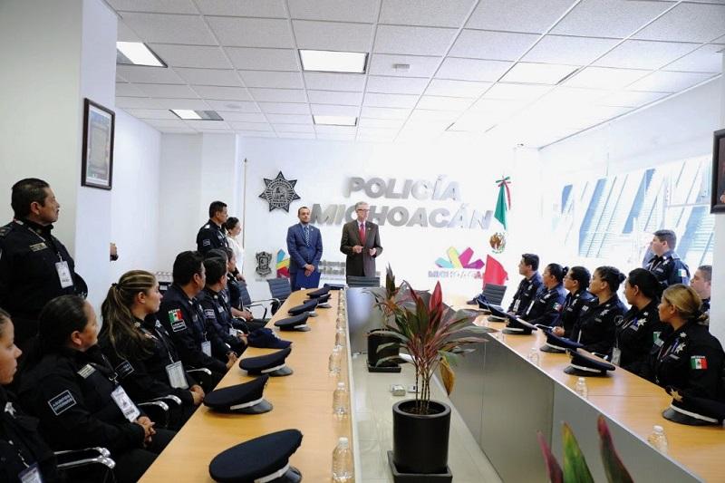 La entrega se llevó a cabo en las instalaciones de la Secretaría de Seguridad Pública a 46 elementos del área de Asuntos Internos, hoy certificados en materia de protocolo de investigación, procesos y análisis técnicos, así como vigilancia y operaciones encubiertas
