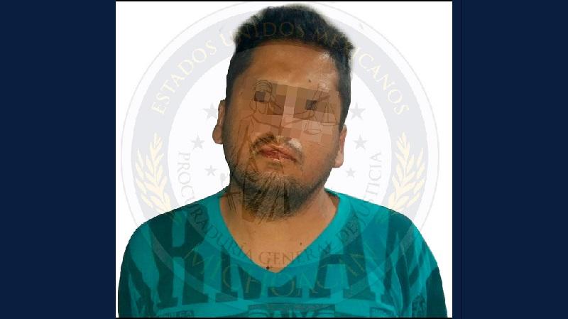 Se conoció que el hombre tenía varios años viviendo en Uruapan, donde se ocultaba tras haber participado en el homicidio de una mujer ocurrido en el mes de marzo de 2012 en Hermosillo, Sonora