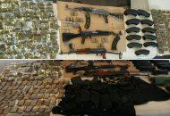Dos chalecos balísticos, una pechera y un uniforme pixelado también fueron asegurados por la Policía Michoacán