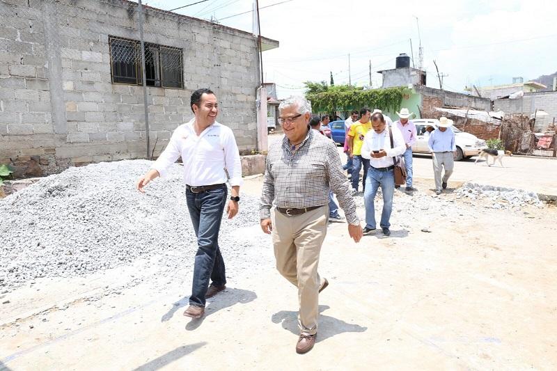 En esta visita al municipio de Zitácuaro, Maldonado Mendoza fue acompañado por el presidente municipal, Carlos Herrera Tello, quien aseveró que realizará las gestiones necesarias ante las instancias estatales correspondientes