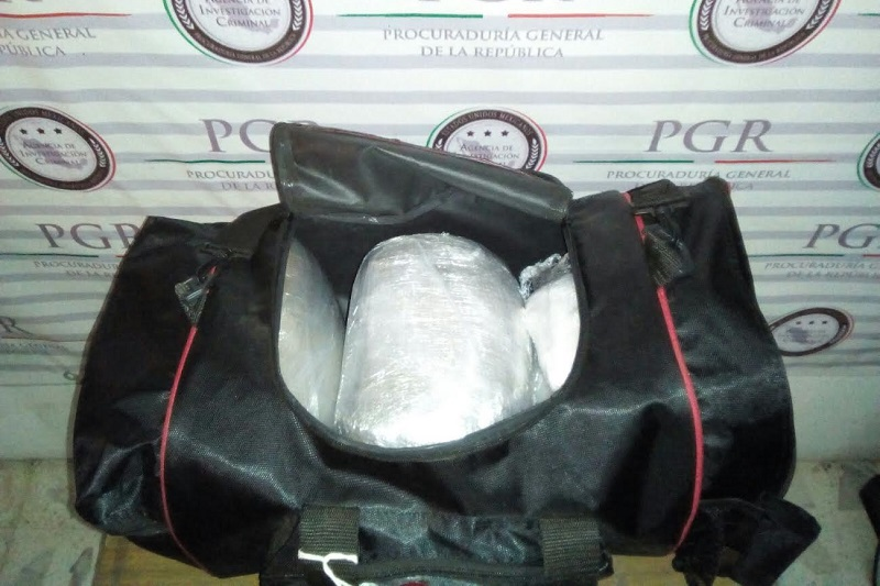 El enervante fue puesto a disposición del Ministerio Federal, por efectivos de la Policía Federal Ministerial, en Lázaro Cárdenas