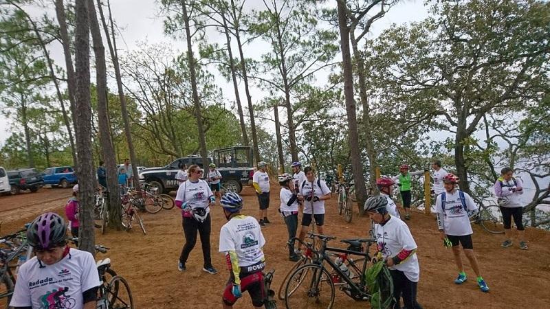 Alejandro Ochoa Figueroa, director de Ordenamiento y Sustentabilidad del Patrimonio Natural en la SEMARNACC, agradeció a todos los ciclistas que se sumaron a esta caravana, actividad de la que comprometió, pronto se realizar otras similares por petición de los propios participantes