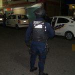 Un impresionante operativo se realizó la noche del miércoles por parte de SEDENA, SEMAR, Policía Michoacán y Policía Federal; se detuvo a un taxista que transportaba una considerable cantidad de droga
