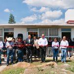 """Más tarde, en la Biblioteca Pública de Morelia """"Francisco J. Múgica"""", el director general del subsistema presentó a los nuevos supervisores de las zonas 5 y 6"""