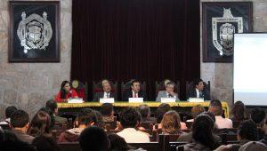 En la plática participaron los ex rectores Fernando Juárez Aranda y Marco Antonio Aguilar Cortés