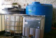 Desde el exterior del inmueble se pudieron apreciar varias cisternas; será la autoridad competente la encargada de contabilizar la cantidad de hidrocarburo