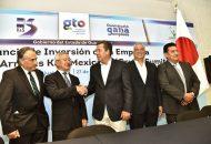 """""""Es la primera empresa que confía y dice: vamos a invertir en San Felipe. Llega con una inversión de 4.36 millones de dólares y generará 950 empleos. En esta planta, se ensamblarán arneses"""", comentó Márquez Márquez"""