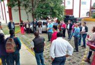 Los trabajadores precisaron que el paro de labores terminará cuando los directivos de la institución cesen a Rafael Becerra y nombren a una persona que sea consiente que el trabajo que se desarrolla al interior del CBTIS