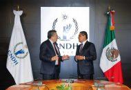 El jefe del Ejecutivo estatal refrendó la apertura de su gobierno para trabajar y colaborar con la CNDH a fin de que en Michoacán se preserve el Estado de Derecho