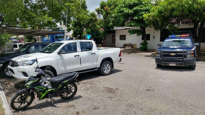 Tras haber lesionado al conductor, los hechores se dieron a la fuga con dirección a la Avenida Tariácuri, por lo que los testigos de inmediato auxiliaron a lesionado