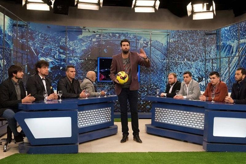 """""""Tienes razón, el fútbol mexicano es inmirable; no marcan, no defienden, no saben nada. Lo único bueno de México es el Chavo, no existe ese país. El más grande es el Chavo"""", coincidió otro miembro del panel"""