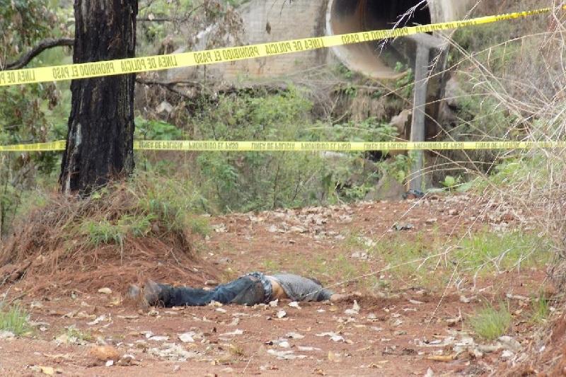 A simple vista el hombre presentaba una herida en la cabeza, sin embargo será hasta después de la autopsia que marca la ley que se establezcan las causas reales de su muerte