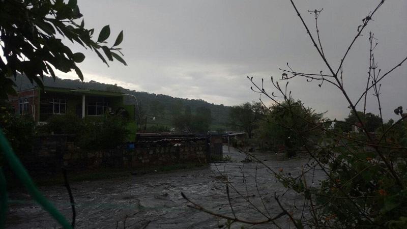 Se está a la espera de que baje el nivel del agua para hacer una valoración total de las afectaciones