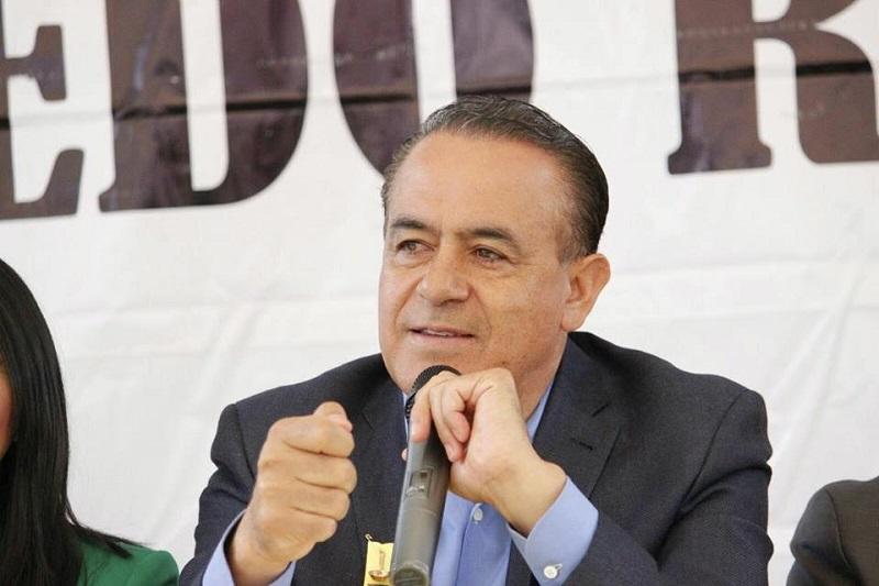 El presidente del Congreso de Michoacán puso como ejemplo el tema de la seguridad y el combate a la delincuencia organizada, en donde subrayó debe existir reconocimiento pleno que el problema es hondo y añejo