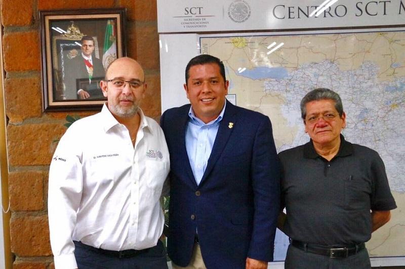 Barragán Vélez resaltó que con este servicio no sólo se estarían beneficiando a más de 10 mil 500 matriculados y 650 asesores docenes, sino que se propiciará el desarrollo humano y productivo de las comunidades