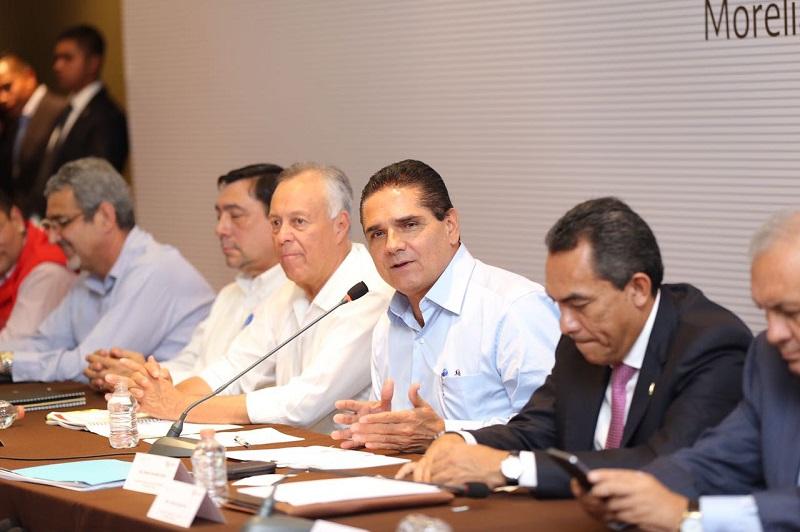 Aureoles Conejo refrendó su compromiso y apoyo para trabajar en conjunto con las instancias federales, en coadyuvar en la solución de los conflictos agrarios que tanto han lastimado a los michoacanos